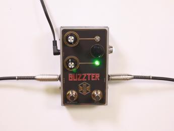 Demo de Beetronics Buzzter (No talking)