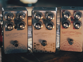 Laney estrena la colección Black Country Customs con pedales de Boost, Overdrive, y Reverb