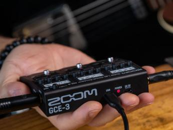 Zoom GCE-3, interfaz de audio, simulación de amplis y multiefectos de tamaño diminuto
