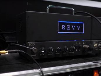 Demo de Revv Amps D20, ampli valvular con tecnología de Two Notes de emulación de altavoces