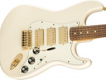 Nueva Fender Stratocaster con 3 humbuckers y cuerpo de caoba: el retorno de las Blacktop
