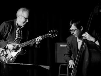 """Epistrophy"", lo nuevo de Bill Frisell con Thomas Morgan"