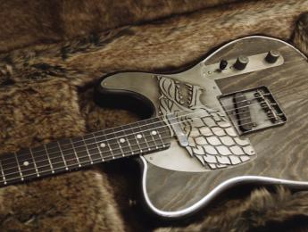 """Nuevas Fender """"Juego de tronos"""" (¡con Morello, Bettencourt, Ian y Djawadi tocando la B.S.O.!)"""