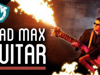 Guitarra con lanzallamas estilo Mad Max hecha con piezas de un desguace de coches