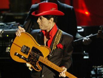 Eastwood lanzará una réplica de la Telecaster Hohner Mad Cat de Prince