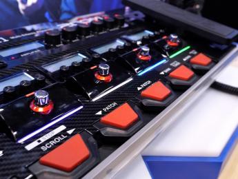 Demo de Zoom G11, pedalera multiefectos con pantalla táctil