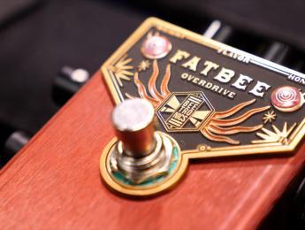 Demo de Beetronics Fatbee, nuevo pedal de overdrive