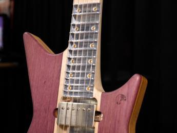Así afecta a tu sonido el Subfretboard System: probamos 2 guitarras iguales con diferente diapasón