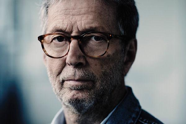 Clapton subasta una guitarra para ayudar a Johnny Nicholas a pagar tratamientos médicos