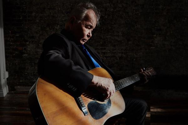 Fallece el cantautor John Prine a los 73 años a causa del Covid-19