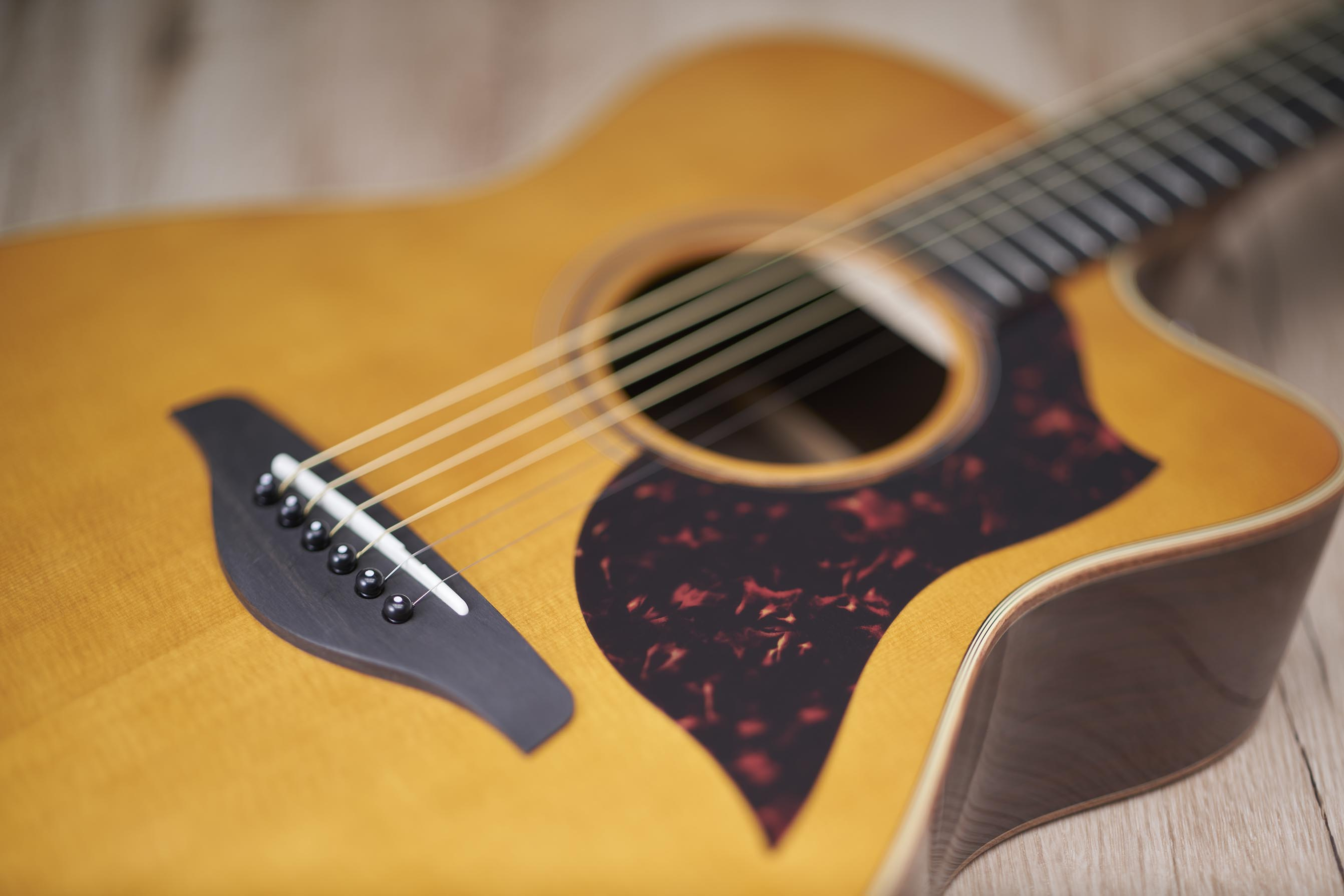 Yamaha Renueva Su Serie A De Guitarras Ac 250 Sticas