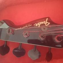 Bajo Fender Jazz Bass japonés
