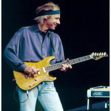 MK guitars pensasuhr flamedmaple2