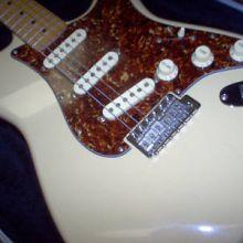 Fender Squier ProTone Series Stratocaster