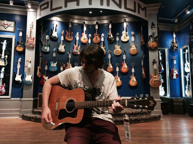 En el Guitar Center de Nueva York